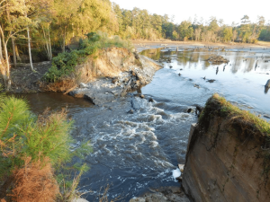 Barr-Lake-Dam-breac